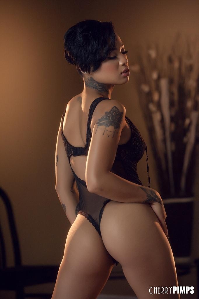 Asiatische Pornofotos. Galerie № 1302. Foto - 3