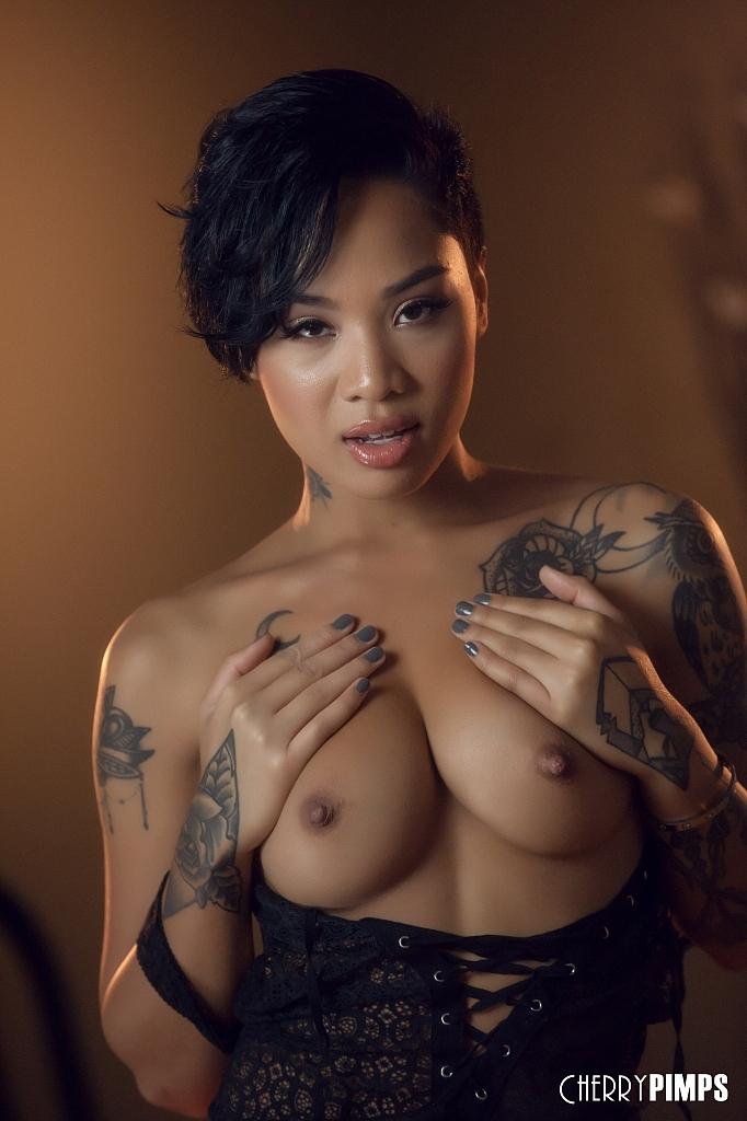 Asiatische Pornofotos. Galerie № 1302. Foto - 5