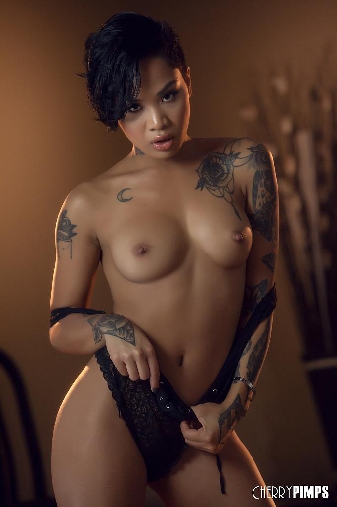 Asiatische Pornofotos. Galerie № 1302. Foto - 6