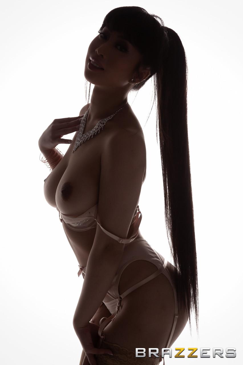 Asiatische Pornofotos. Galerie № 1495. Foto - 1