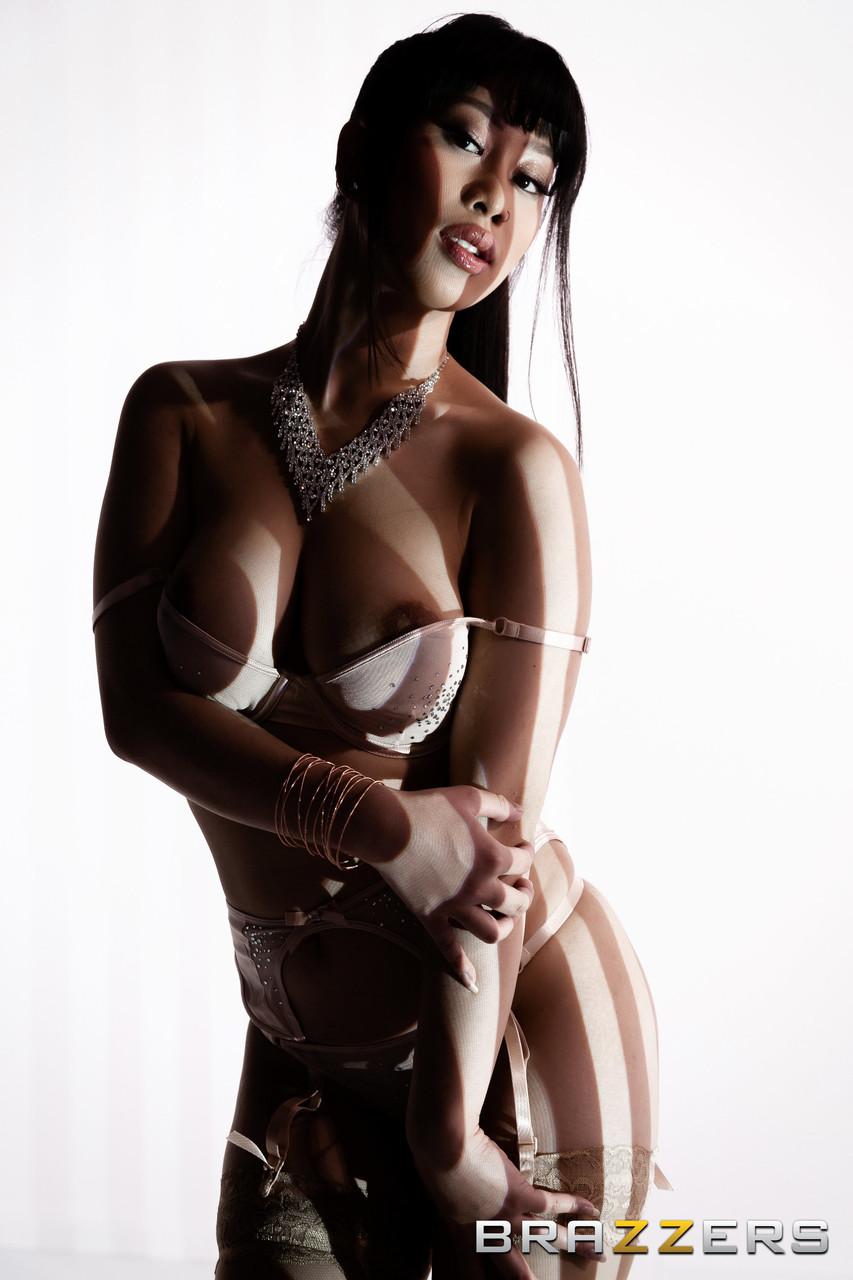 Asiatische Pornofotos. Galerie № 1495. Foto - 3
