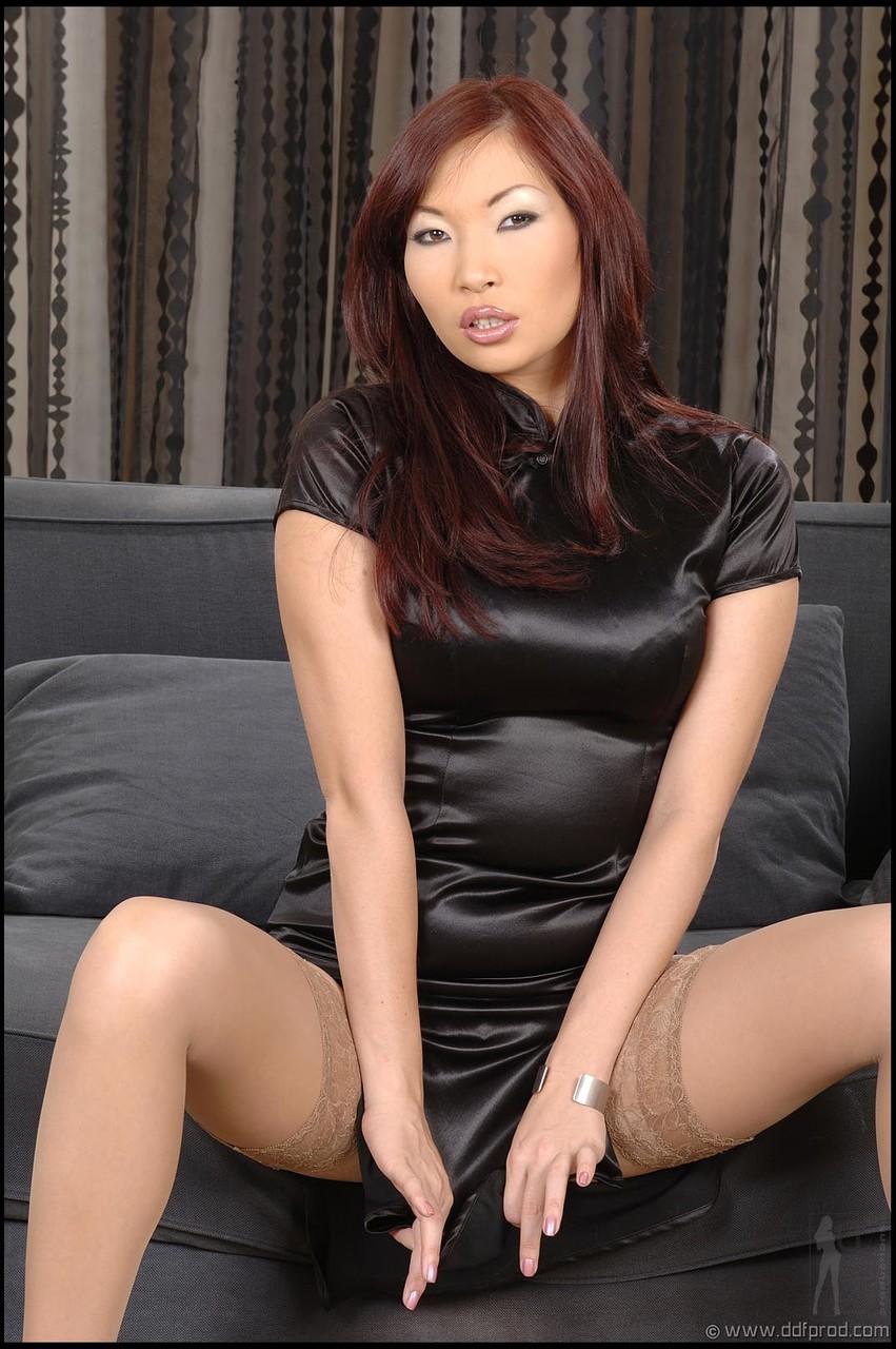 Asian porn photos. Gallery № 1530. Photo - 1