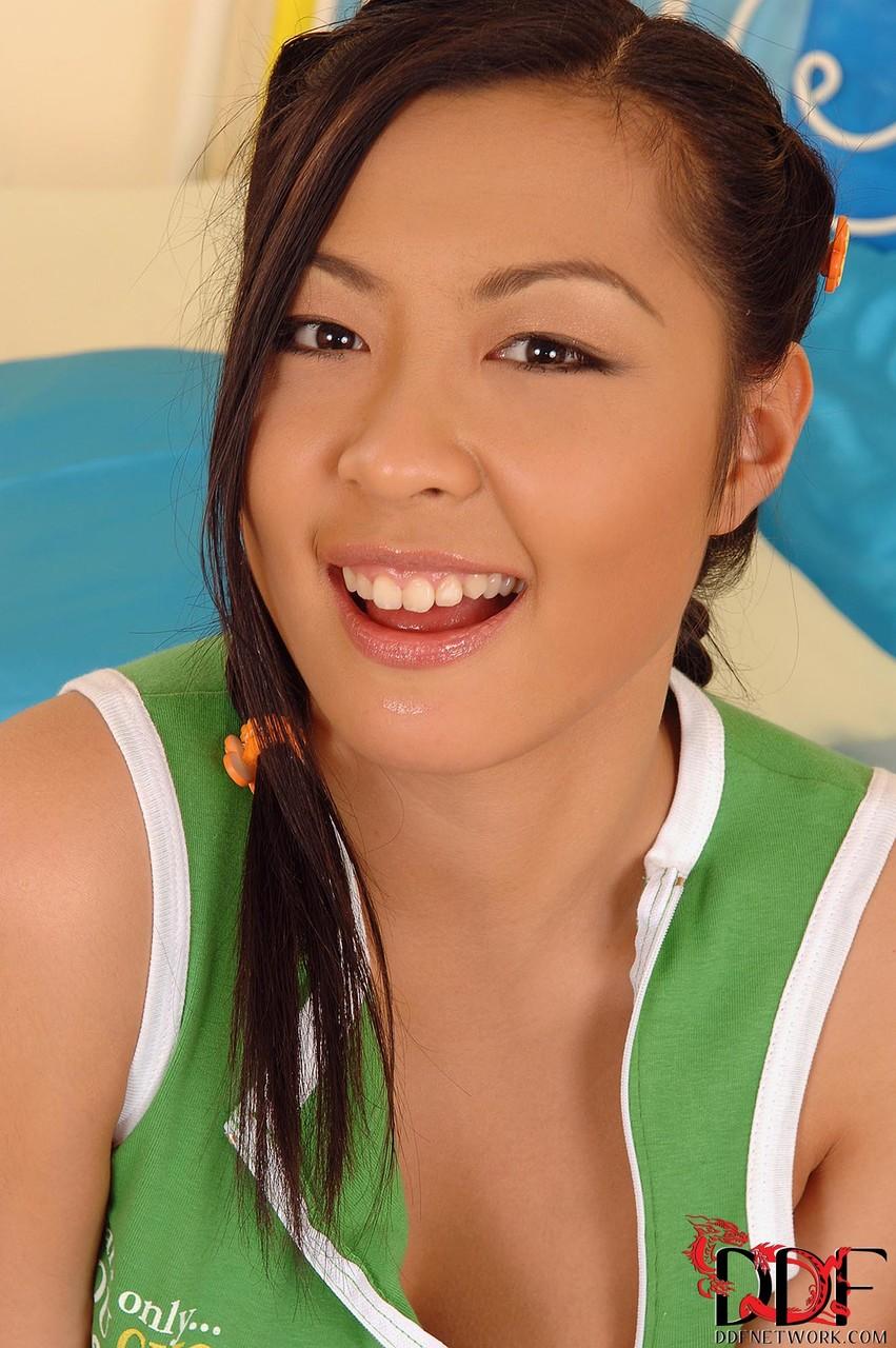Asiatische Pornofotos. Galerie № 585. Foto - 1