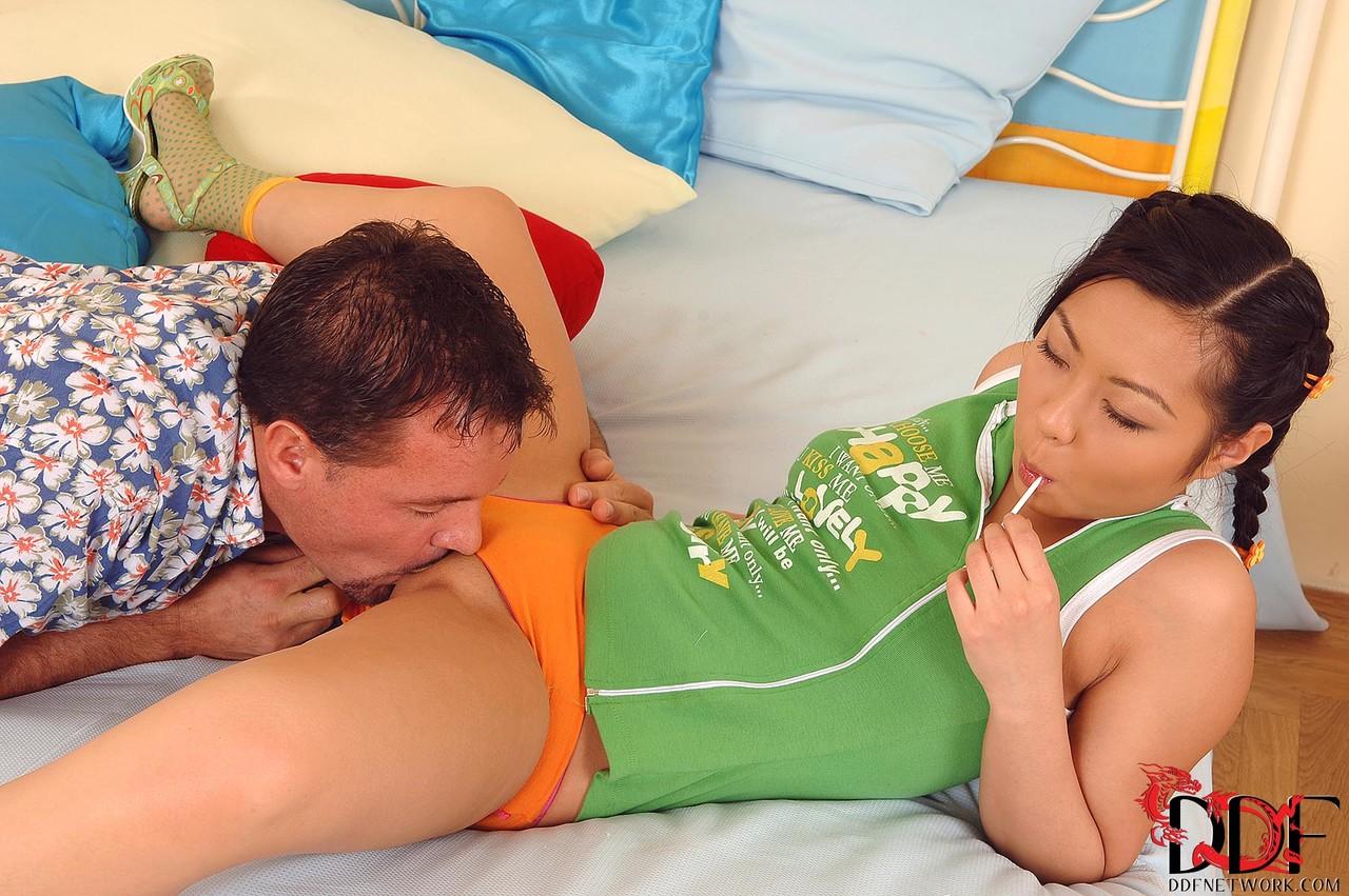 Asiatische Pornofotos. Galerie № 585. Foto - 5