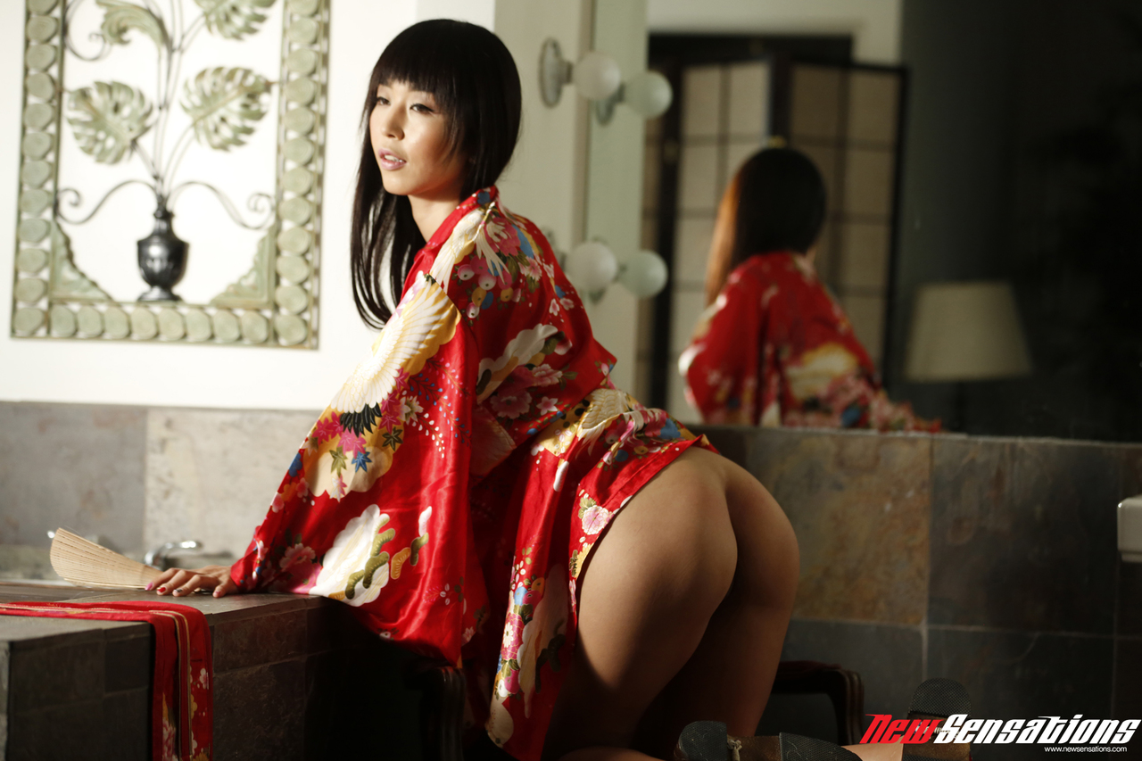 Asian porn photos. Gallery № 588. Photo - 3