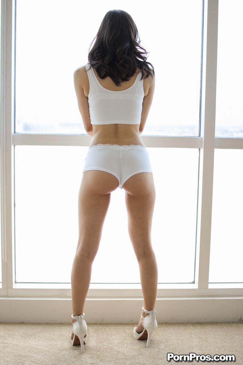 Asian porn photos. Gallery № 941. Photo - 2
