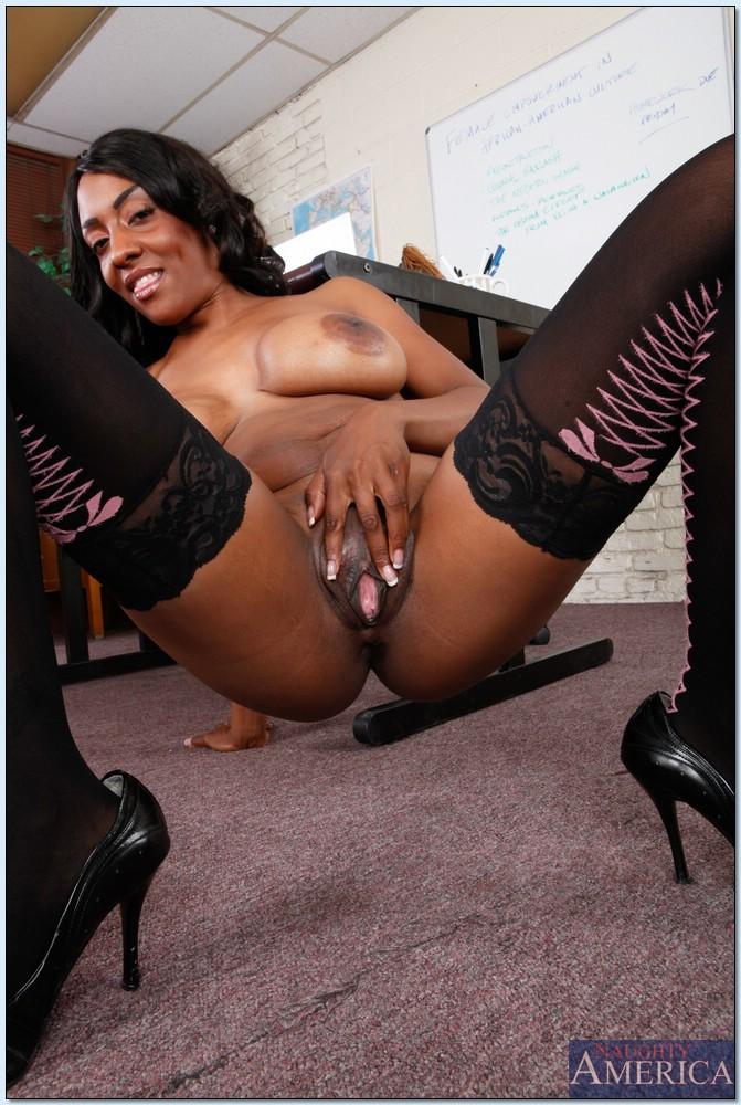 Ebony porn photos. Gallery № 450. Photo - 13