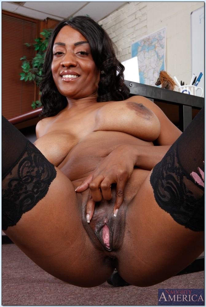 Ebony porn photos. Gallery № 450. Photo - 15
