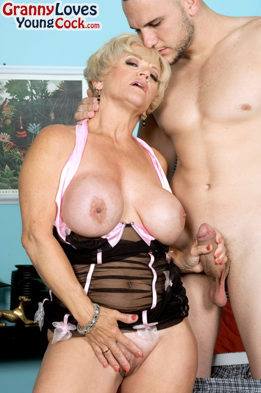 Mature & Granny porn photos. Gallery № 1240. Photo - 5