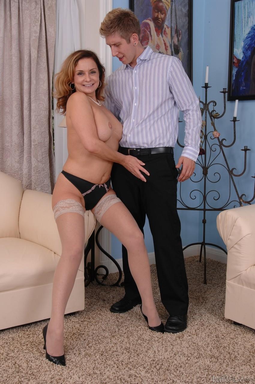 Mature & Granny porn photos. Gallery № 1453. Photo - 3