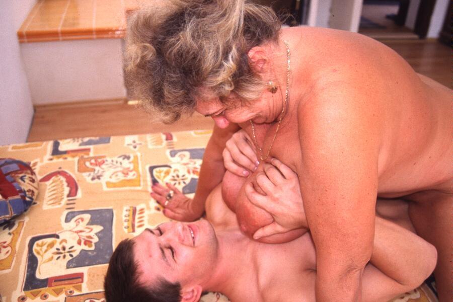 Mature & Granny porn photos. Gallery № 23. Photo - 8