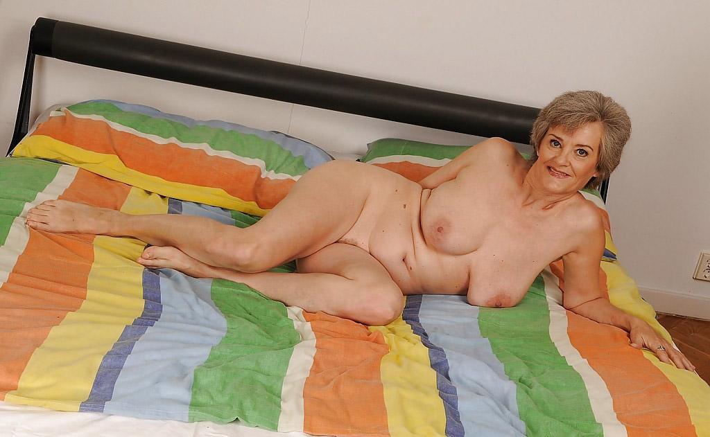 Mature & Granny porn photos. Gallery № 25. Photo - 10