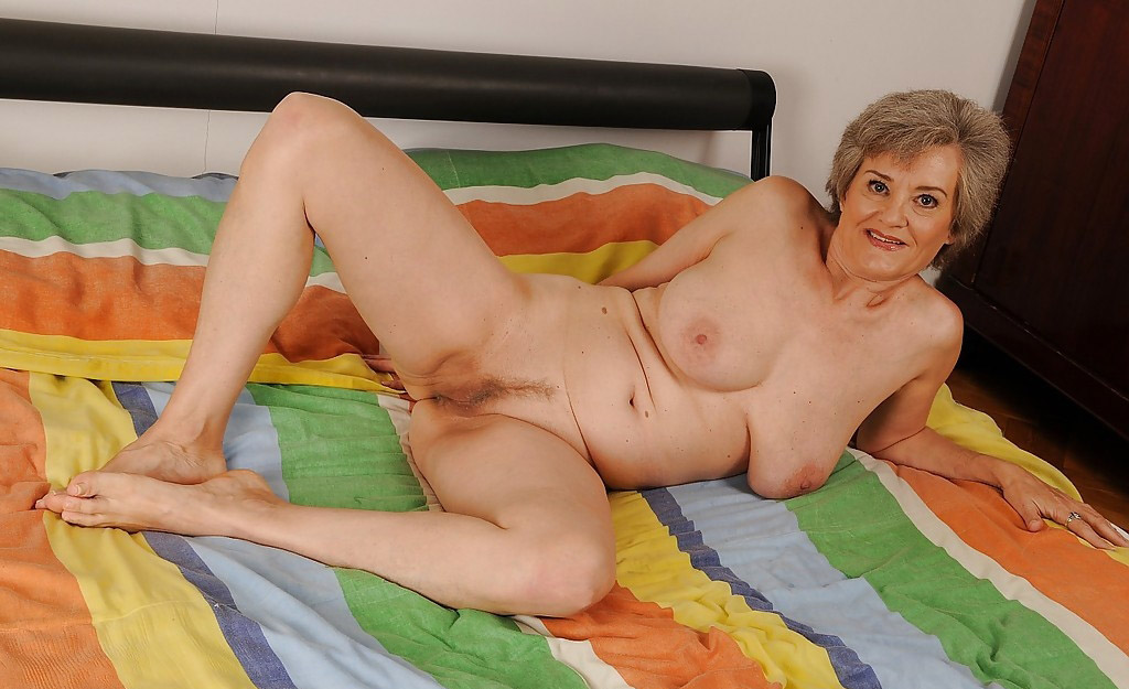 Mature & Granny porn photos. Gallery № 25. Photo - 11