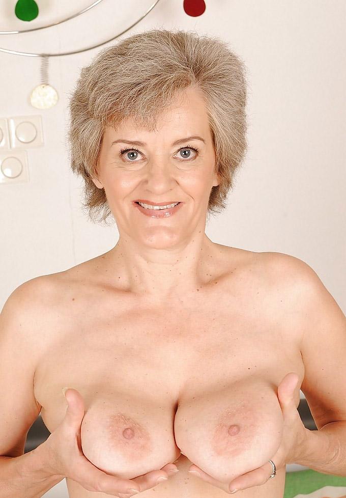 Mature & Granny porn photos. Gallery № 25. Photo - 9