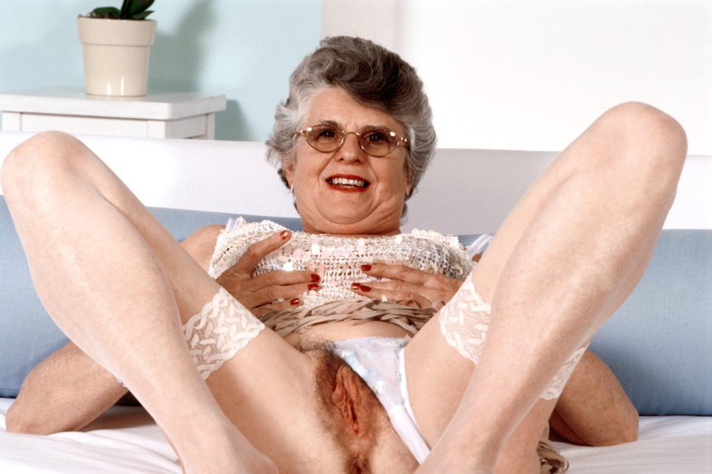 Mature & Granny porn photos. Gallery № 43. Photo - 10