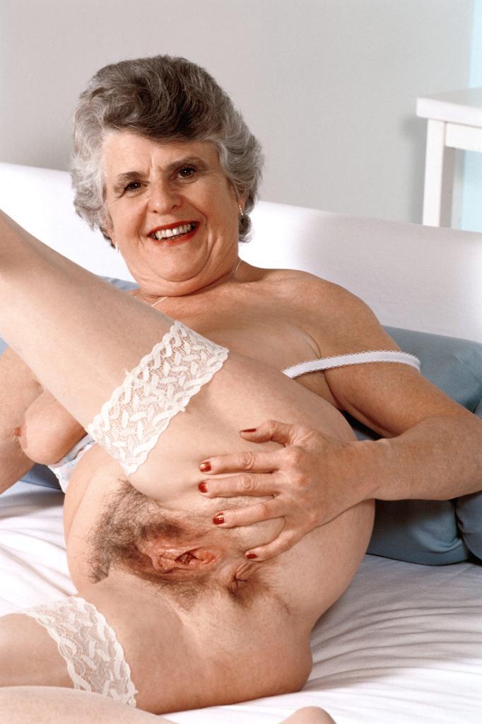 Mature & Granny porn photos. Gallery № 43. Photo - 12