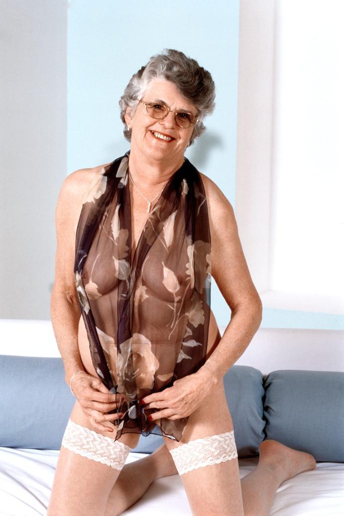 Mature & Granny porn photos. Gallery № 43. Photo - 14