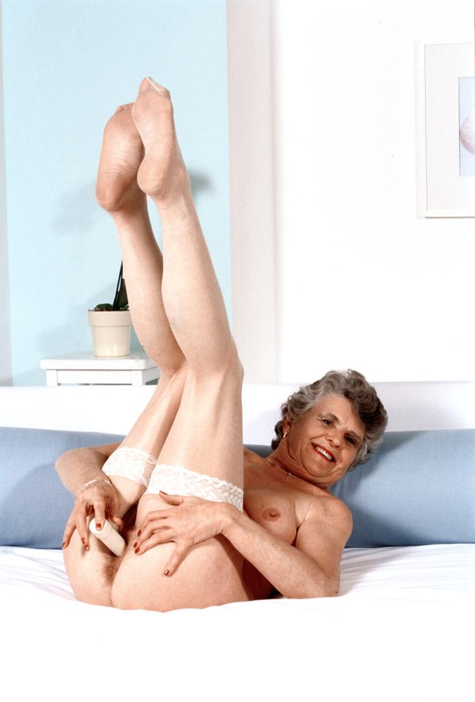 Mature & Granny porn photos. Gallery № 43. Photo - 21