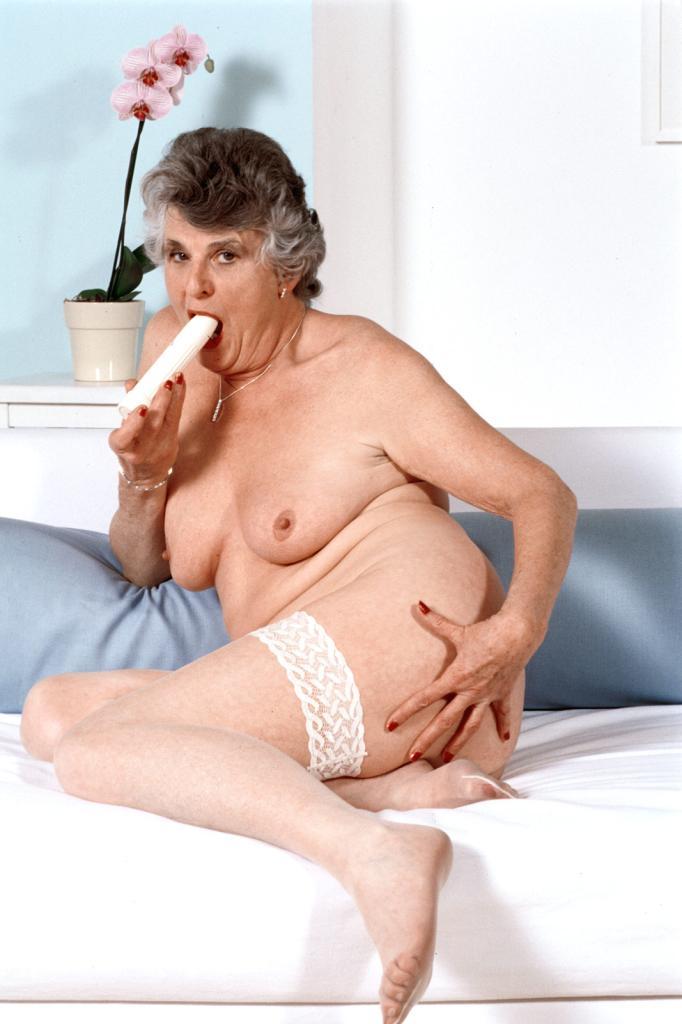 Mature & Granny porn photos. Gallery № 43. Photo - 22