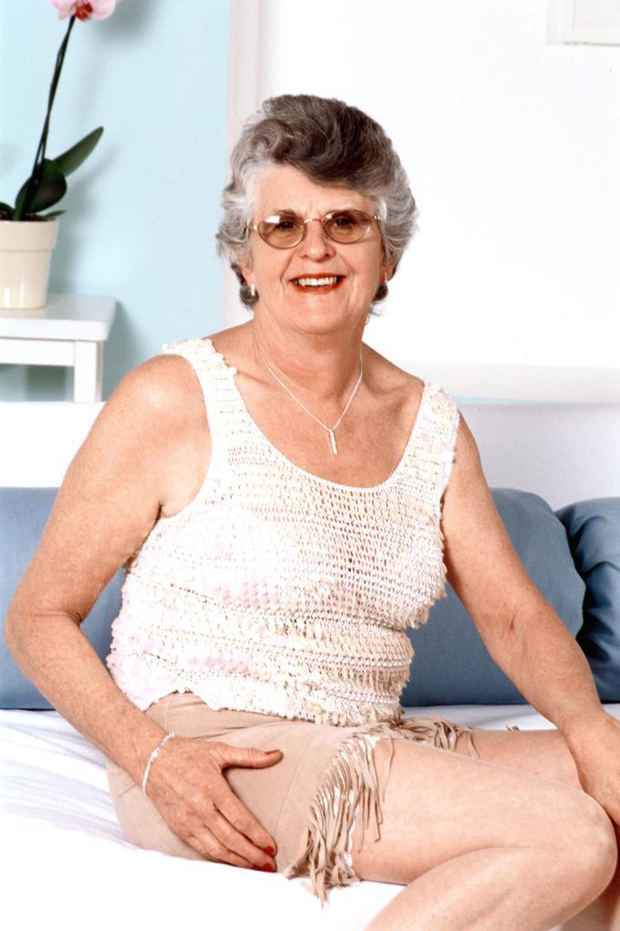 Mature & Granny porn photos. Gallery № 43. Photo - 3