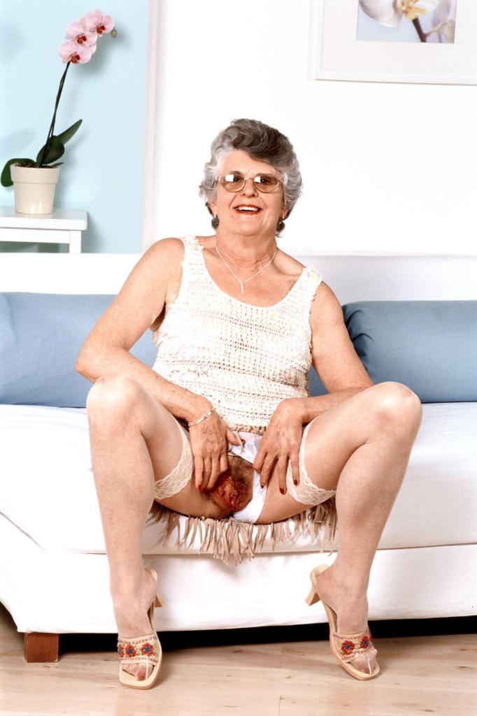 Mature & Granny porn photos. Gallery № 43. Photo - 4
