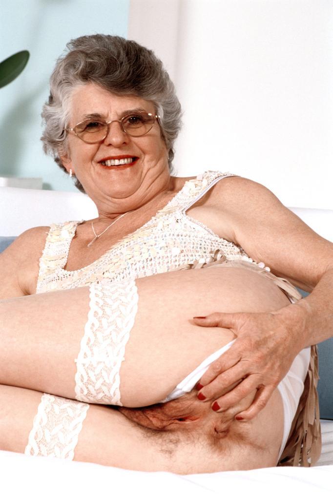 Mature & Granny porn photos. Gallery № 43. Photo - 7