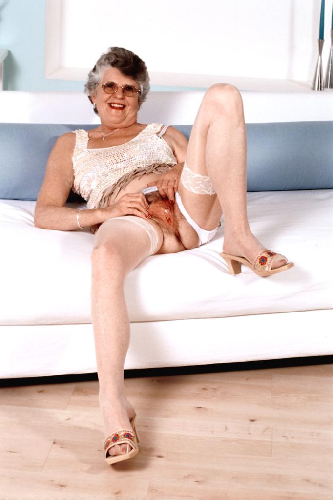 Mature & Granny porn photos. Gallery № 43. Photo - 9