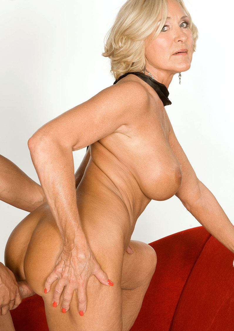 Mature & Granny porn photos. Gallery № 48. Photo - 15