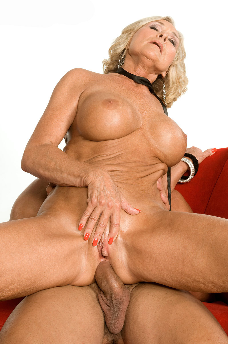 Mature & Granny porn photos. Gallery № 48. Photo - 16