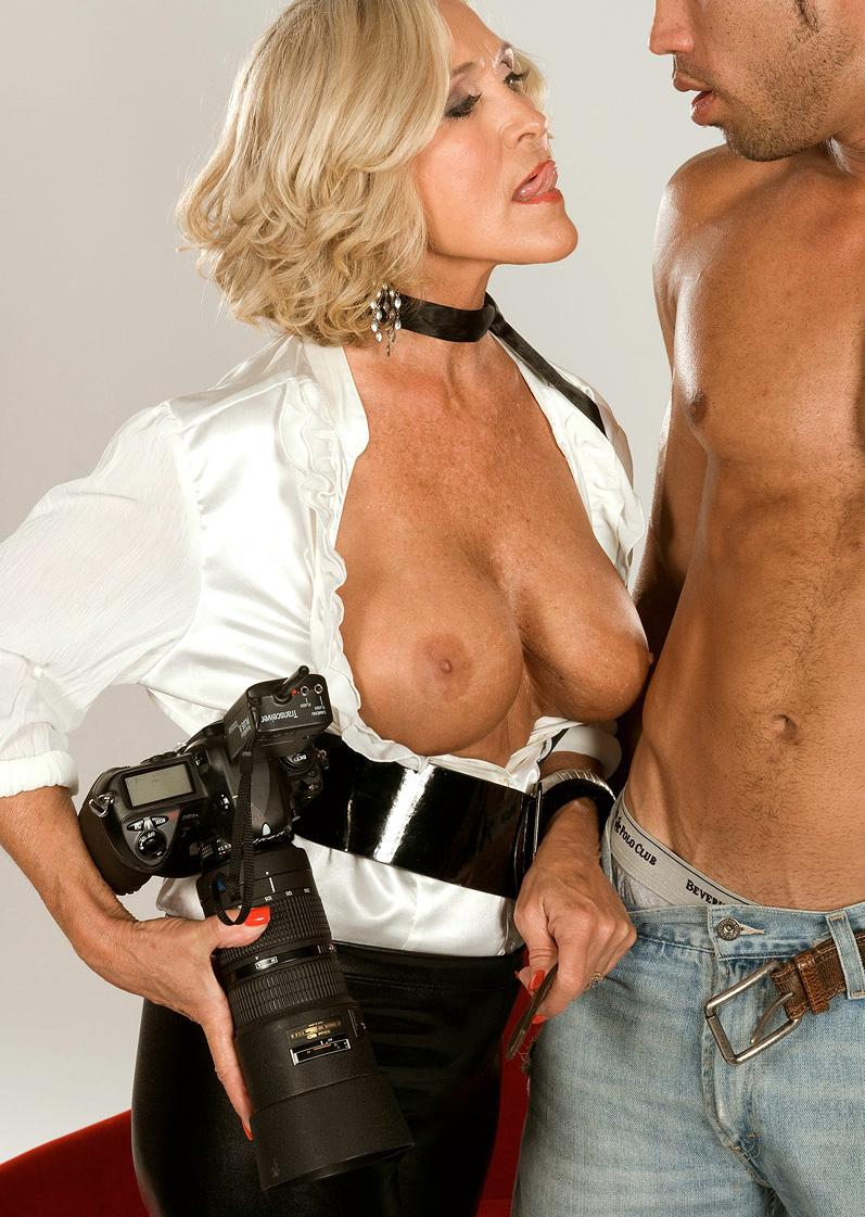 Mature & Granny porn photos. Gallery № 48. Photo - 3