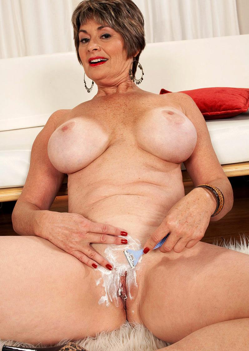 Mature & Granny porn photos. Gallery № 49. Photo - 13