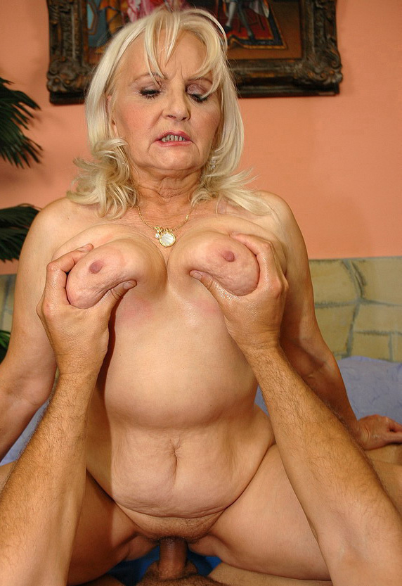 Mature & Granny porn photos. Gallery № 50. Photo - 8