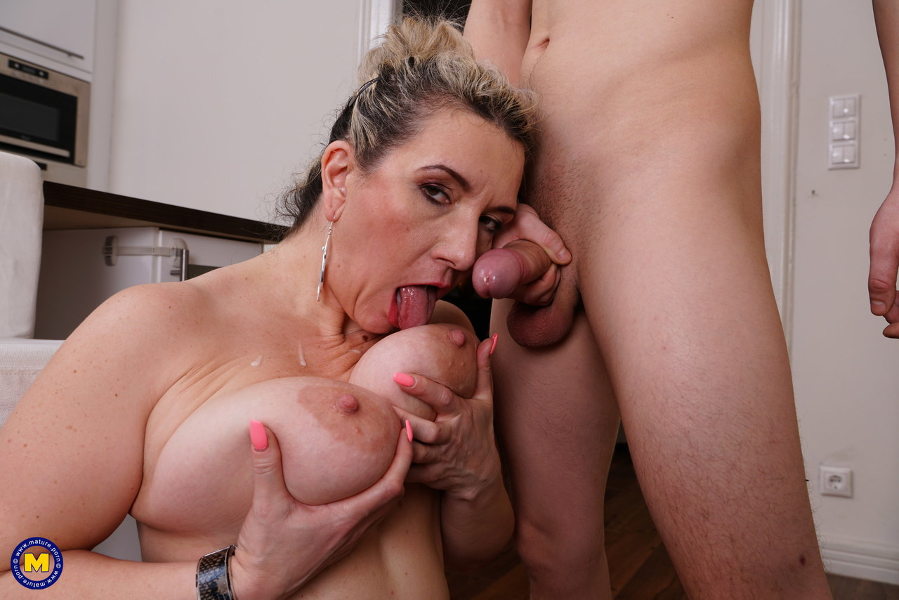 Mature & Granny porn photos. Gallery № 684. Photo - 16