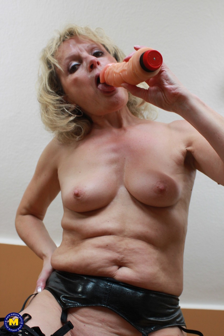Mature & Granny porn photos. Gallery № 736. Photo - 17
