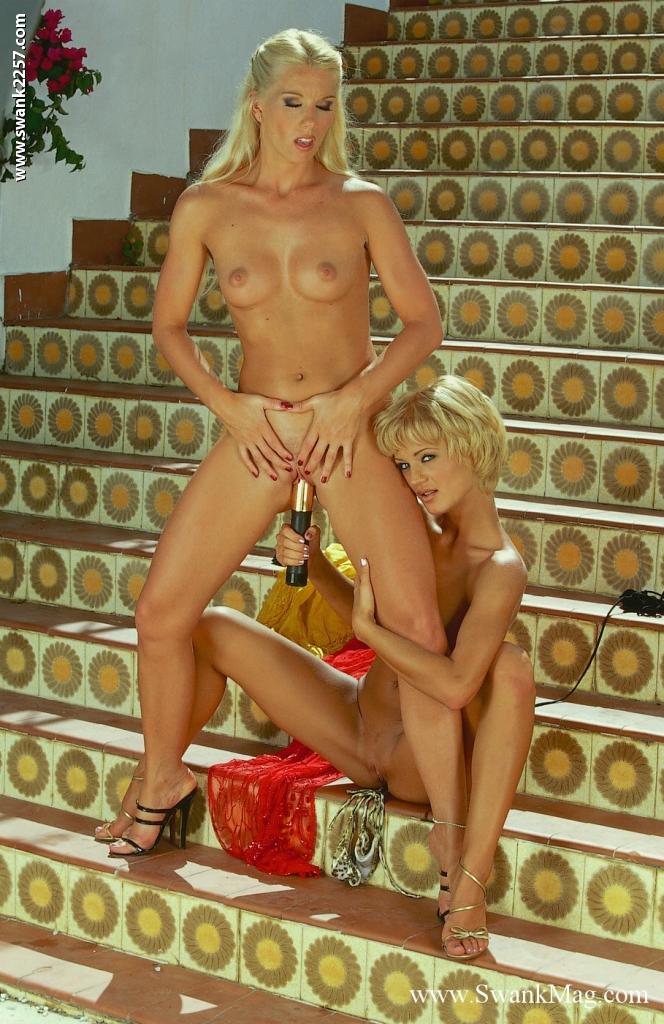 Lesben Pornofotos. Galerie № 1202. Foto - 15