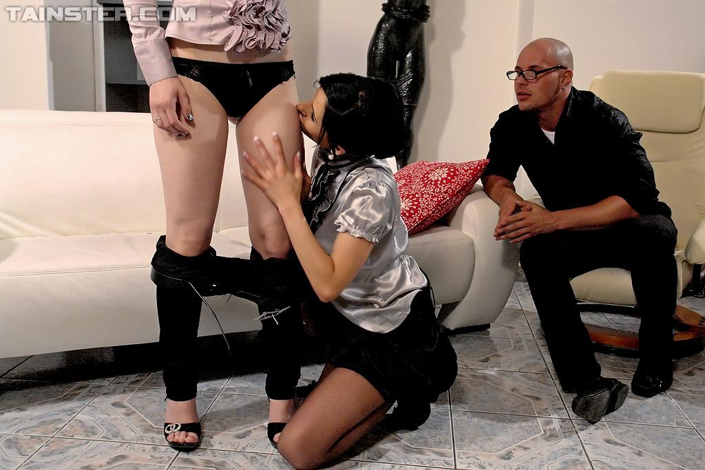 Pissing Pornofotos. Galerie № 1165. Foto - 4