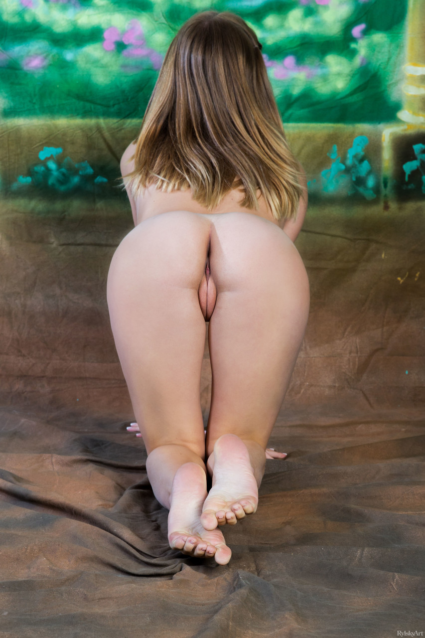 Junge Pornofotos. Galerie № 1142. Foto - 7