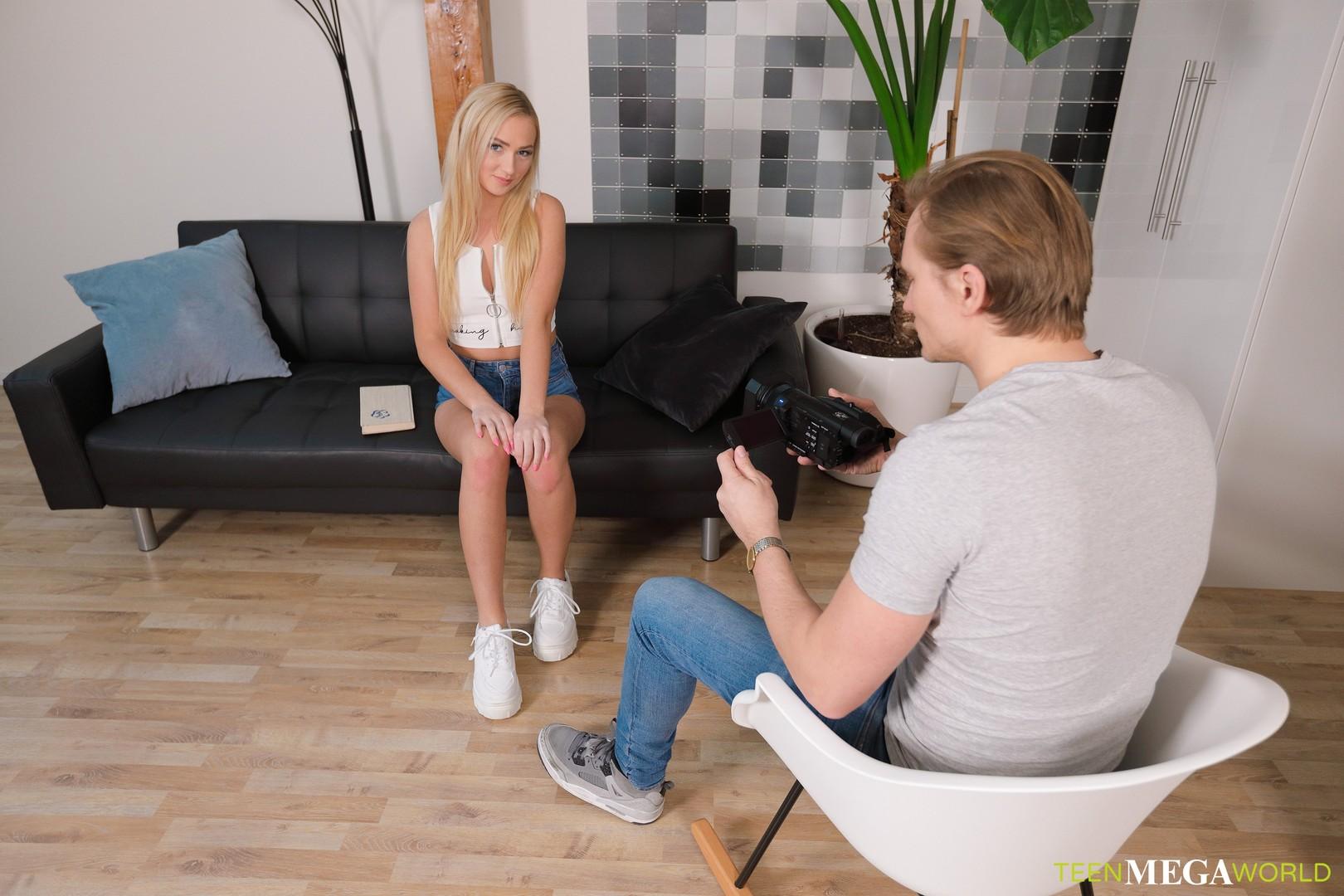 Young porn photos. Gallery № 1380. Photo - 1