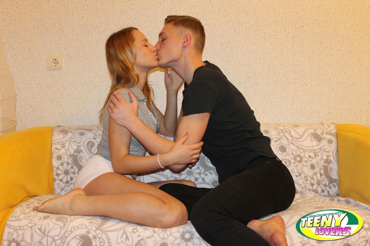 Young porn photos. Gallery № 441. Photo - 1