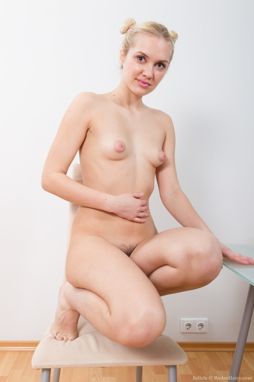 Young porn photos. Gallery № 798. Photo - 13