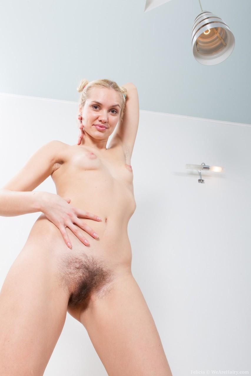 Young porn photos. Gallery № 798. Photo - 18