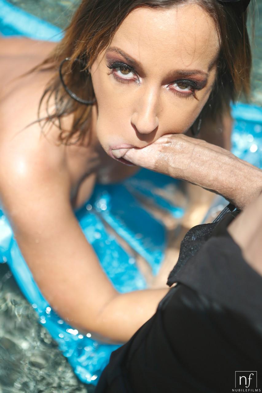 Young porn photos. Gallery № 972. Photo - 8