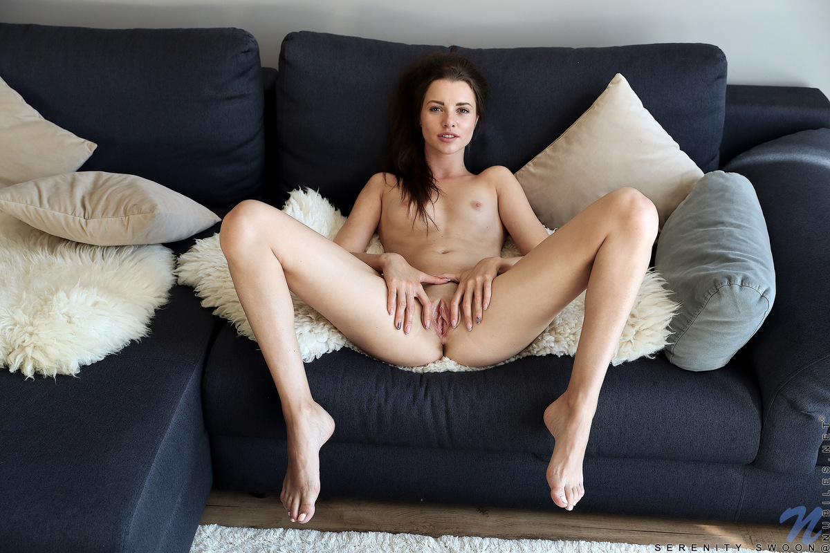 Young porn photos. Gallery № 981. Photo - 14
